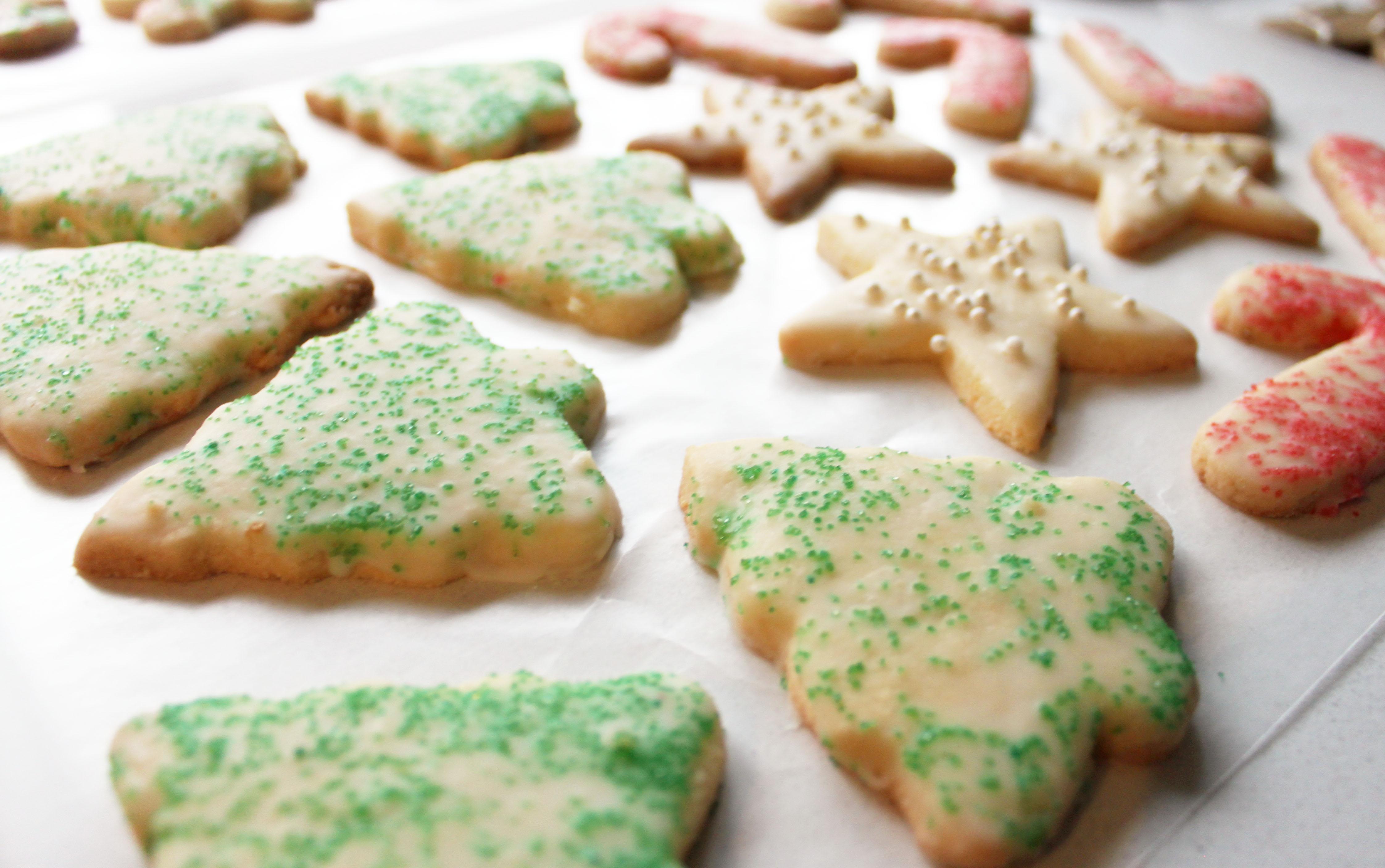 Icing Lemon Sugar Cookies 2
