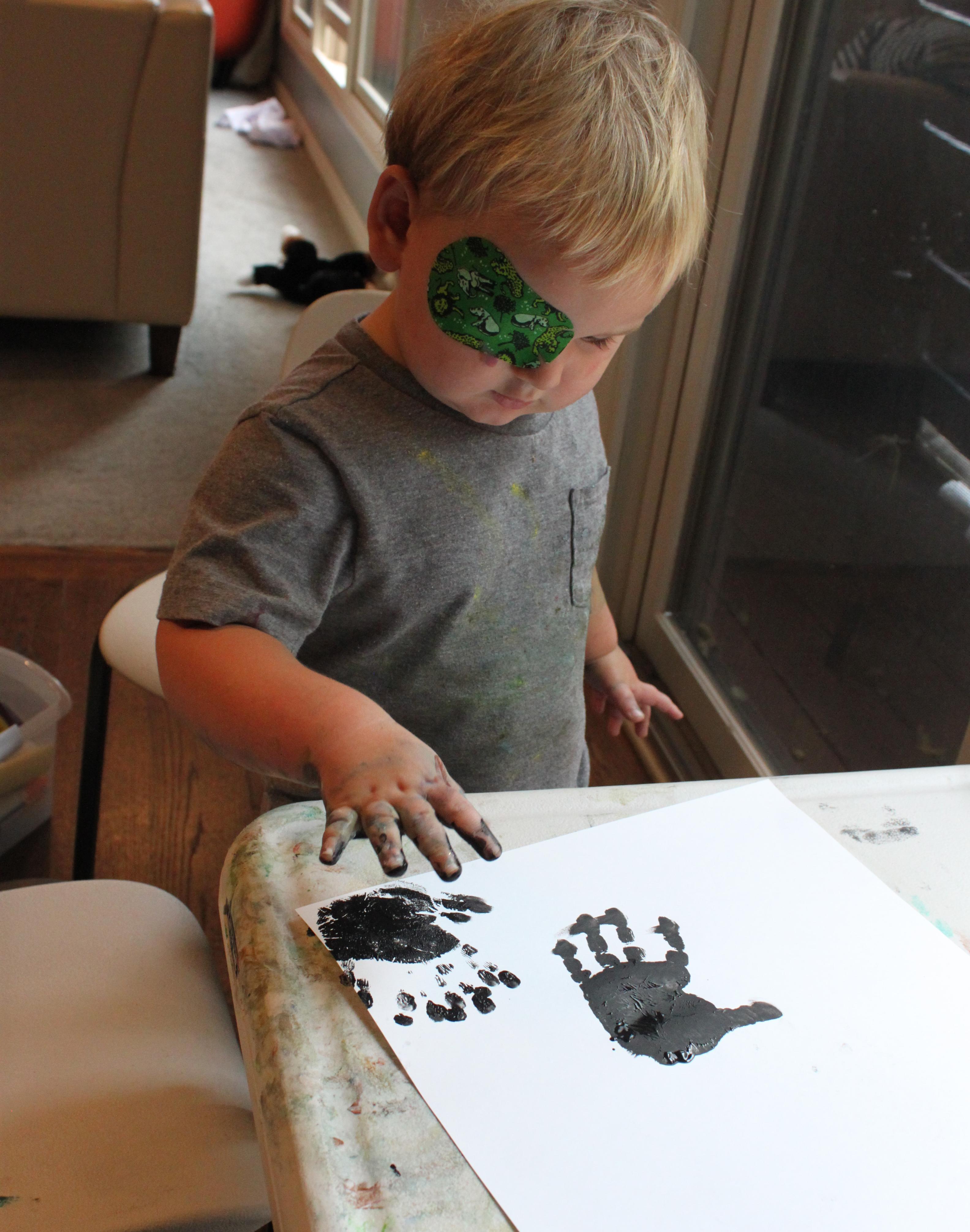 Handprint Spiders 6