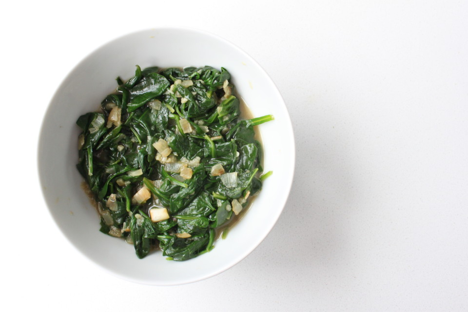 immune boosting garlicky spinach