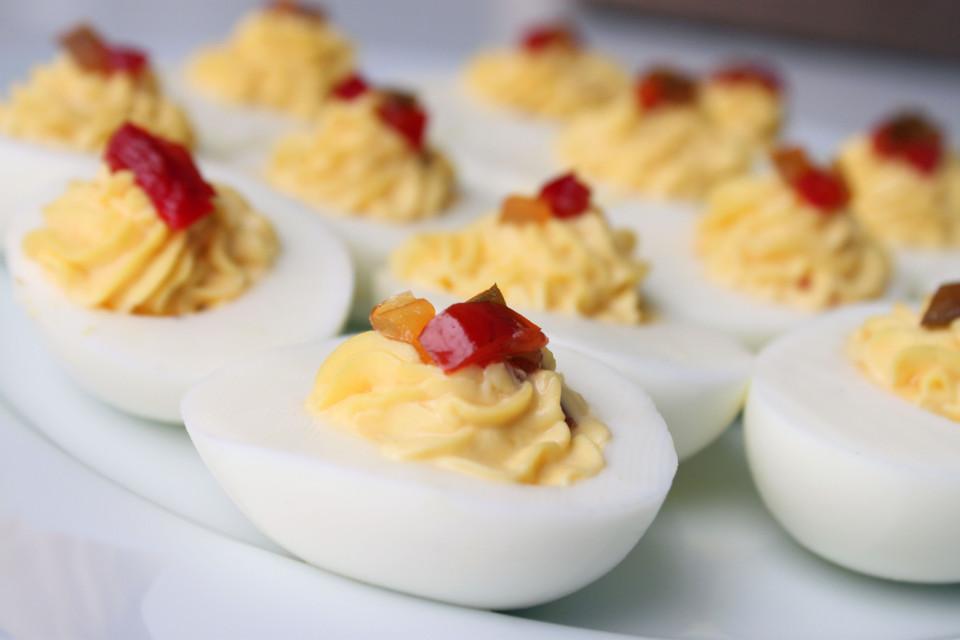 Eggs Deviled Pepper Relish (19)